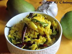 Rayalaseema style mango chutney Lunch Invitation, Dinner Invitations, Home Recipes, Indian Food Recipes, Ethnic Recipes, Dried Chillies, Sour Taste, Kitchens