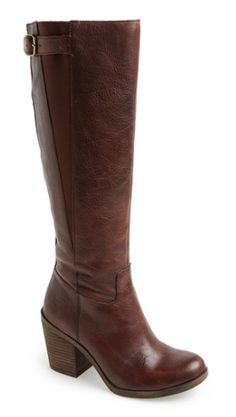 cute brown boots  http://rstyle.me/n/r6xmepdpe