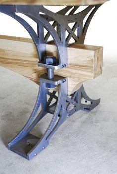 ancienne table elevatrice d 39 atelier console ou table basse tables et consoles. Black Bedroom Furniture Sets. Home Design Ideas