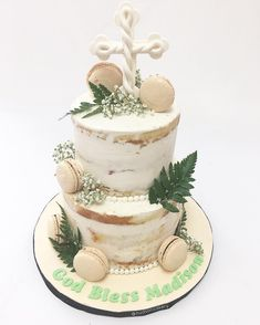 ✨Naked cakes are the new classic 👉even for Baptisms and Christenings ✝️