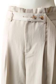 Denim Fashion, Fashion Outfits, Womens Fashion, Fabric Manipulation, Clothing Patterns, Khaki Pants, Trousers, Skirts, How To Wear