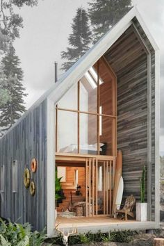 Affordable flat-pack Surf Shack shelter operates completely off the grid.