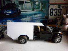 By Huet Motors. WIP Ford f150 Storm Chasers 1/18