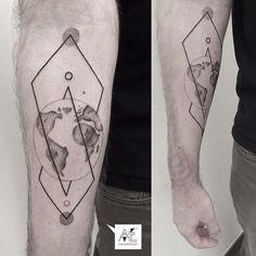 Axel Ejsmont Tattoo — #axelejsmont #dotwork #geometry #tattoo #blackwork...