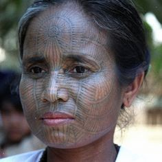 People of the Chin state of Myanmar - Laytoo Chin woman Walter Callens We Are The World, People Around The World, Burma Myanmar, Myanmar Women, Namaste, Native Tattoos, Facial Tattoos, Indigenous Art, Body Modifications