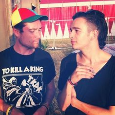 Dan Smith of BASTILLE and Matty Healy of The 1975 <3 SOOOOO MUCH ADORATION FOR THESE BOYS