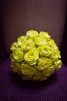 chartreuse roses @Chelsey Boatwright Photography Boatwright Photography Preston @Courtney Baker Baker Preston  A dash in the reception lobby can be so lively!