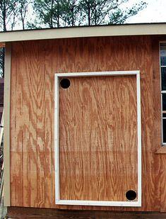 Building a Simple Solar Air Heating Collector Homemade Heater, Diy Heater, Solar Heater, Passive Solar Homes, Solar Collector, Solar Projects, Solar House, Diy Solar, Solar Energy