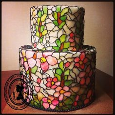 *gasp* Okay... totally want a stained glass cake.