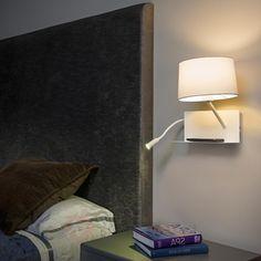 Praktyczna lampa ścienna Handy z lampką do czyt. 3507195