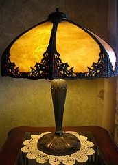 The only Tiffany lamp I've found that I like.we're probably going to have to compromise some on the decorating. Louis Comfort Tiffany, Antique Lamps, Vintage Lamps, Vintage Lighting, Art Nouveau, Corner Lamp, Tiffany Table Lamps, I Love Lamp, Stained Glass Lamps