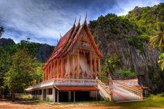 Golden Thai Temple at Khao Sam Roi Yot National Park, Prachuap Khiri Khan, Thailand