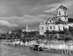 8 Great Churches of Intramuros: San Agustin Church Philippines Culture, Manila Philippines, Intramuros, 1940s, Treaty Of Paris, President Of The Philippines, Philippine Holidays, The Spanish American War, Ancient Greek Architecture