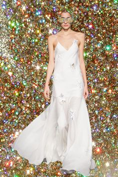 WHITE - After 10 years, the designer duo behind Je Suis Belle thought let it be clear and simple: all white. All White, Formal Dresses, Wedding Dresses, One Shoulder Wedding Dress, Fashion, Gowns, Dresses For Formal, Bridal Dresses, Moda