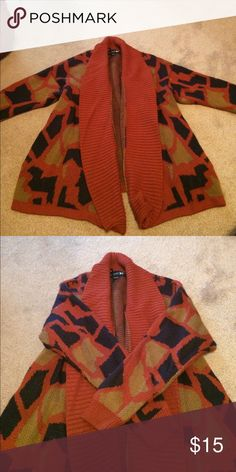 Forever 21 cardigan size small Forever 21 cardigan size small has pockets Forever 21 Sweaters Cardigans