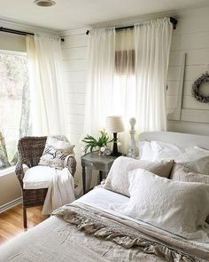 Sheer Over Sheer Farmhouse Style Bedrooms, French Country Bedrooms, Farmhouse Master Bedroom, Master Bedroom Design, Bedroom Size, Bedroom Country, Bedroom Designs, Country Decor, Master Suite