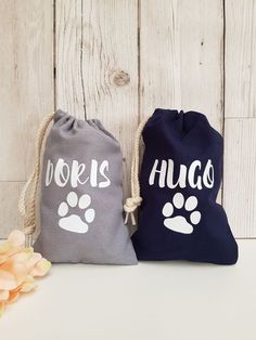 Small personalised dog bags which can either be used for 💩 bags or treats. Dog Photo Frames, Sweet Jars, Dog Treat Jar, Gotcha Day, Personalised Frames, Dog Bag, Jar Gifts, Drawstring Bags, Little Gifts