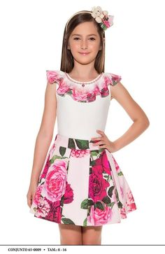 BODY e Saia Infantil Miss Cake Moda Infanto Juvenil BODY Infantil Miss Cake Moda Infanto Juvenil BODY ideal para festas ou para uso casual - sua Princes. Frocks For Girls, Little Girl Dresses, Girls Dresses, Summer Dresses, English Dress, Skirts For Kids, Girls Jeans, Sewing For Kids, Outfits For Teens