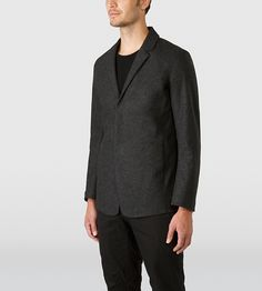 Haedn Blazer Men's Classically styled, trim-fitted, wool blend blazer with a cotton jersey textile bonded to the inside for enhanced performance and comfort.