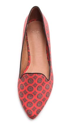 I seldom wear flats, when I do I prefer a bold print and/or color.