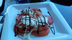 Hondarribia Ruta33 tomates con mozarela