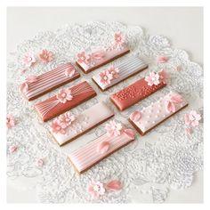 cherryblossom wedding favors cookies // cbonbon