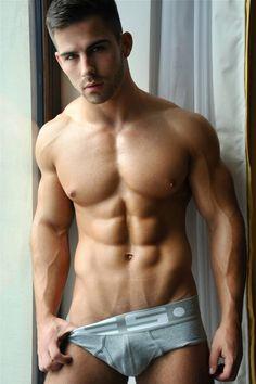Roman-Dawidoff-Abs-in-Underwear.jpg 639×960 pixels
