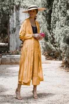 Likes, 21 Comments - Marta Kimono Fashion, Star Fashion, Daily Fashion, Boho Fashion, Vintage Fashion, Fashion Outfits, Look Kimono, Vestido Casual, Estilo Fashion