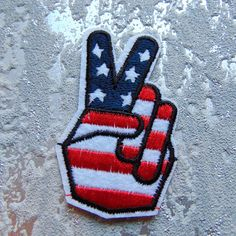 V for Victory Hand Sew / Iron on Embroidery Patch US Stars &