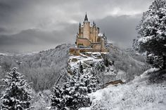 "[Today's Best Spot to Visit] Alcázar de Segovia , Spain  Doesn't this castle remind you of your childhood memories with Disney movies? That's because ""the castle is one of the inspirations for Walt Disney's Cinderella Castle.""   Click the link for more details: http://wishbeen.com/#!/spots/detail/862950ac37aa78e5/  #Travel #TravelPlanning #TravelPlanner #TravelTheWorld #Spain #Europe #WaltDisney #Cinderella"