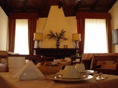 THE PANTHEON:   Pantheon Inn  -  Via Santa Caterina Da Siena, 57