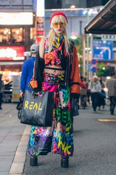 The Best Street Style From Tokyo Fashion Week Spring '18   graffiti done right!