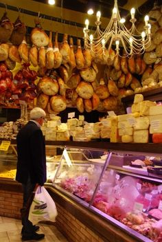 Foodie Finds in Bologna, Italy i bet thats all parma proscuitto Bologna Italy, Cheese Shop, Italy Food, Michelin Star, Northern Italy, Bolognese, Deli, Italy Travel, Street Food