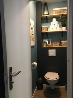 Small Bathroom Inspiration, Bathroom Design Small, Bathroom Ideas, Wc Decoration, Bathroom Under Stairs, Small Toilet Room, Downstairs Toilet, Tiny Bathrooms, Toilet Design