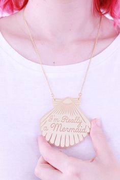 The perfect necklace for any mermaid in the seven seas.