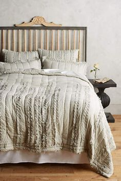 NEW ANTHROPOLOGIE GRAY DRAPED WISTERIA QUILT SIZE TWIN #Anthropologie