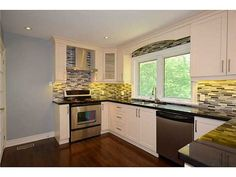 121 GRANT Boulevard MLS®-H3158815 for Sale | RE/MAX