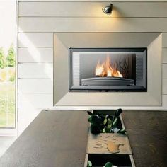 http://www.gr8fires.co.uk/invicta-840-horizontal-14kw-wood-burning-inset-fireplace-6310/?utm_source=Social&utm_medium=Social - Invicta 840 Horizontal 14kW Wood Burning Inset Fireplace / Woodburner