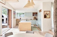 Top Ten Australian Homes of 2016 · Chris and Arabella Wilson and Family - The Design Files Blueberry Home, Sweet Home, Ethnic Decor, Australian Homes, The Design Files, Design Blogs, Design Design, Cuisines Design, Kitchen Interior