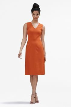 A tried-and-true MM staple, the beauty of this A-line dress lies in its subtle, yet brilliant, details. With a flattering V-neck, crisp waistline, and ever-so-slightly-flared skirt, the Annie is the definition of no-fuss chic.