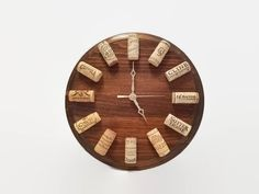 Wine Clock - Walnut - Cork Clock - Wine Themed Gift - Wine Cork Decor - Wine Wall Clock - Gift for Wine Lover - Bar Decor - Wine Cork Craft Weinuhr - Wine Craft, Wine Cork Crafts, Wine Bottle Crafts, Gifts For Wine Lovers, Wine Gifts, Diy Cork, Wine Cork Art, Wine Corks, Wall Clock Gift
