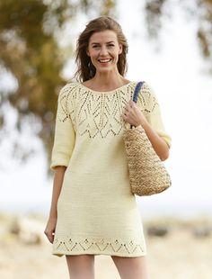 Платье спицами с круглой ажурной кокеткой