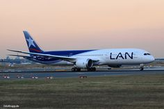 CC-BGF, Bild vom 31.08.2016 in Frankfurt, FRA, CN 38479, Boeing 787-9 Dreamliner, LAN Airlines