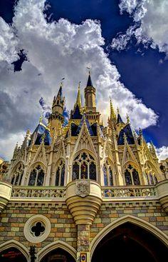 Daytime Cinderella Castle Wallpaper 021