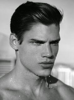 Model Gabriel Loureiro