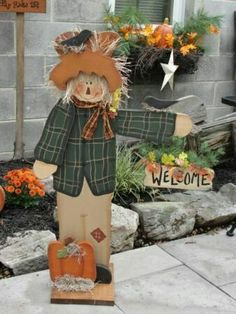 Primitive Fall Autumn Decor, Primitive Fall Crafts, Wood Ruffles and Lace Primitives Fall Wood Crafts, Autumn Crafts, Thanksgiving Crafts, Thanksgiving Decorations, Holiday Crafts, Halloween Decorations, Wood Scarecrow, Scarecrow Crafts, Fall Scarecrows