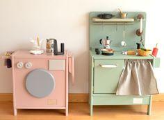 Wooden toy kitchen. PETIT model.#woodentoy #woodenkitchen #macarenabilbao