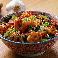 This one-pot garlic and ginger shrimp stir-fry is super easy and packed full of colorful veggies! We made our flavors stand out with Gourmet Garden's garlic paste and ginger paste—two ingredients sure to make this dish a family favorite. Stir Fry Recipes, Fish Recipes, Seafood Recipes, Asian Recipes, Dinner Recipes, Cooking Recipes, Healthy Recipes, Ethnic Recipes, Healthy Drinks