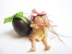 I found an egg by coccinelfe, via Flickr