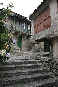 Calle típica Combarro - El pueblo mas tipico de las Rias Bajas